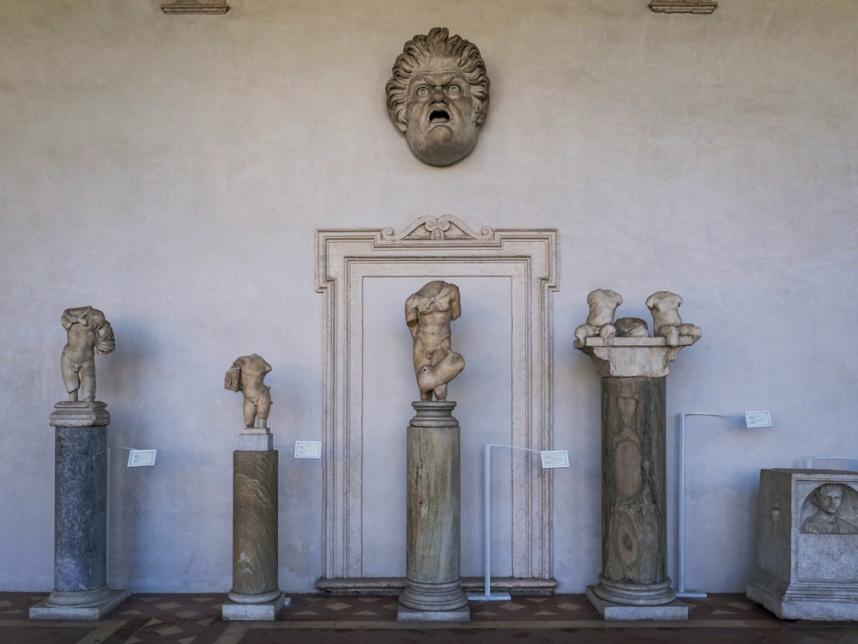 Sculpture gallery 11